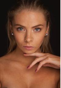 Julia Lena